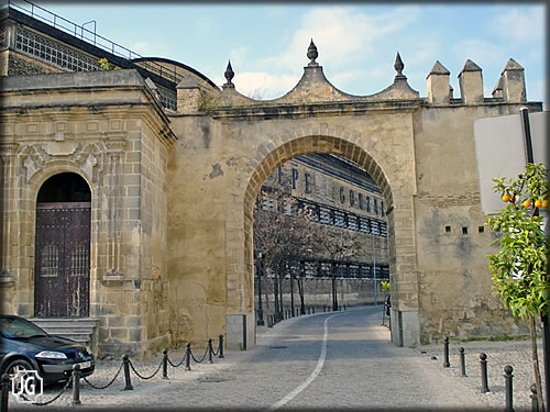 Discover the most beautiful villages towns cities in spain for Puerta 3 circuito jerez