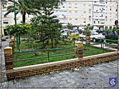 Jardin plaza de los pinos jerezsiempre monumentos for Capillas de velacion jardin de los pinos