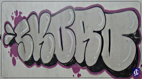 Dibujo de Cerdito graffiti en monopatín para Colorear